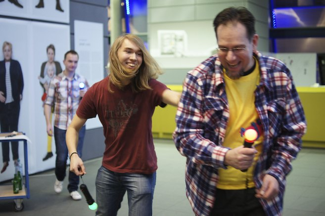 Johann Sebastian Joust - Hitting People